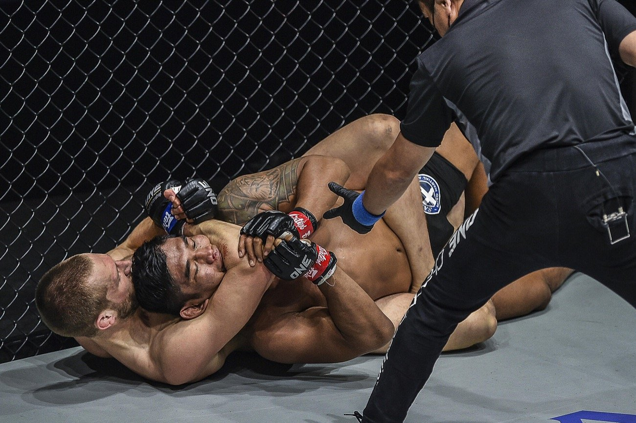 Reinier De Ridder Crowned New ONE Middleweight World Champion with Rear-Naked Choke Over Aung La N Sang
